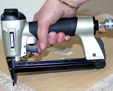 Best Electric Staple Guns Review and Buyer's Guide